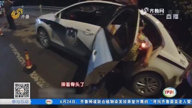 菏泽:疯狂!男子驾车 闯卡撞交警
