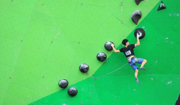 全国攀岩全能锦标赛在郓城举办