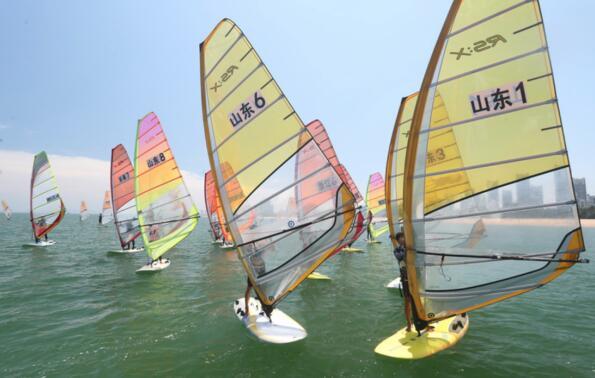 2018全国青年帆板冠军赛在荣成落幕