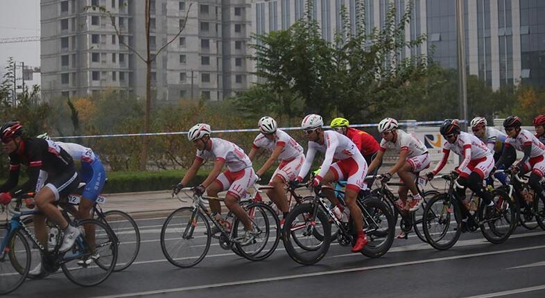 2018黄河口东营自行车巡回赛鸣枪开赛
