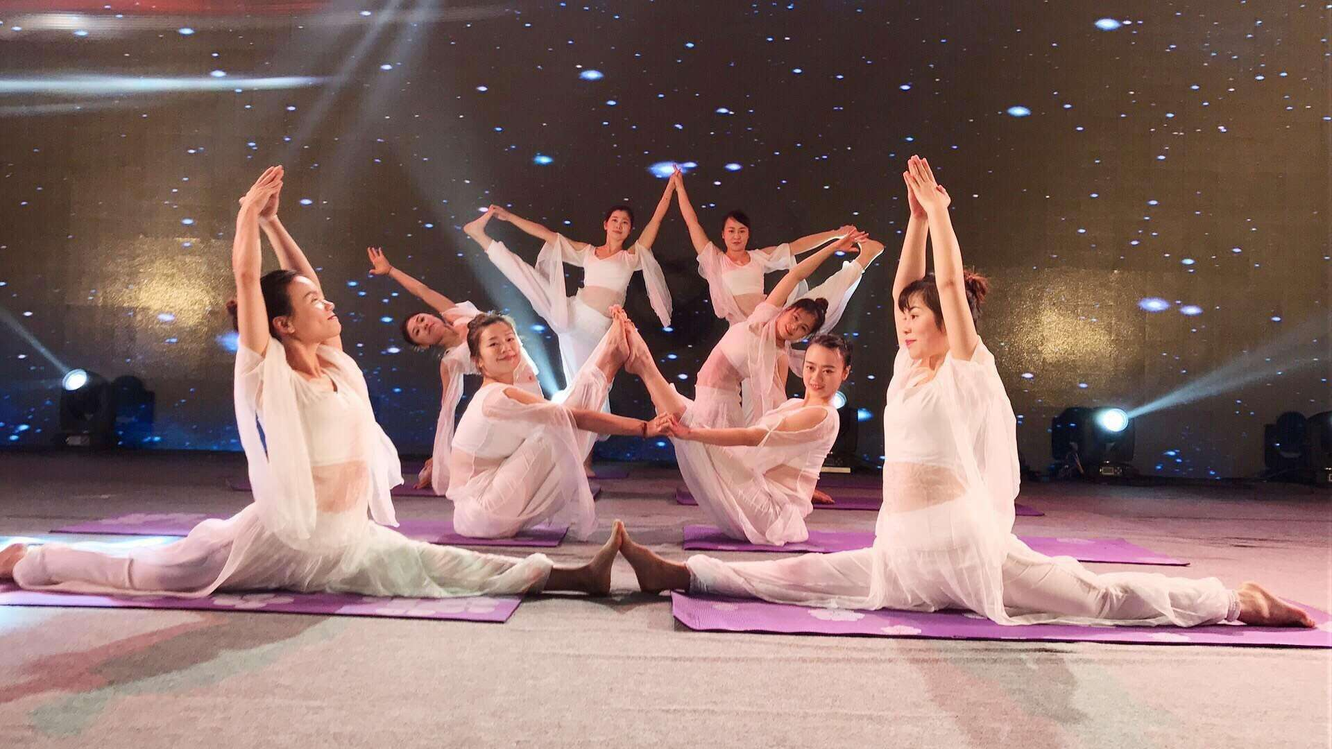 2018中国•新泰健身瑜伽邀请赛新泰开赛