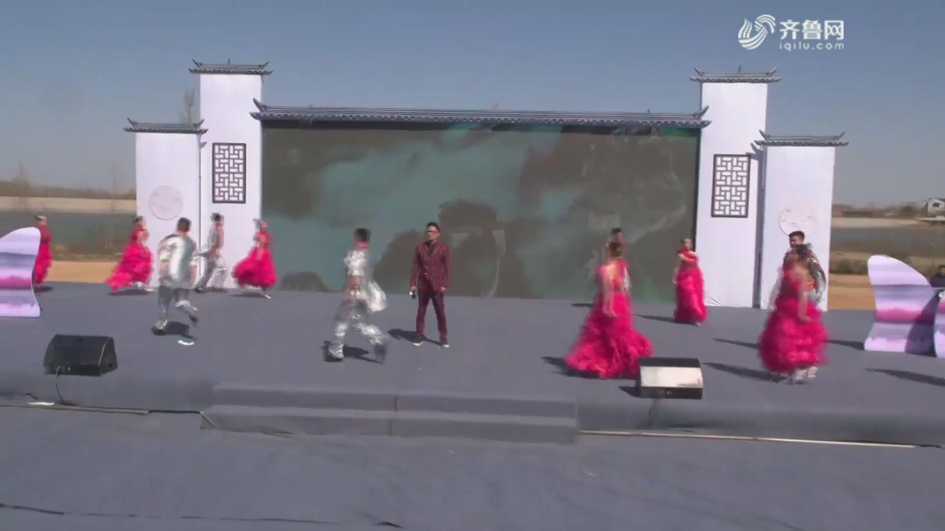 歌伴舞《新的天地》——十里桃花醉桃源·大束镇葛炉山第三届雲梦桃源桃花节
