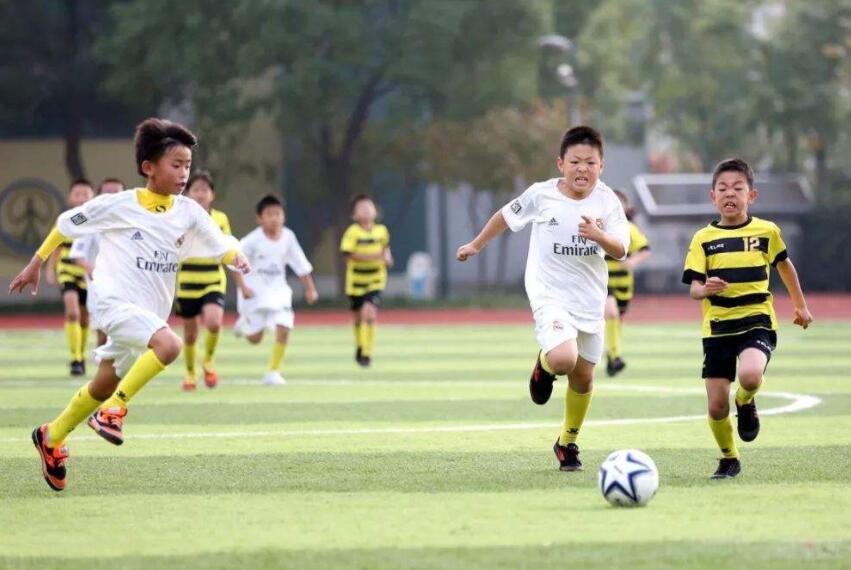 """平阴县第二届""""足协杯""""校园足球联赛开赛"""