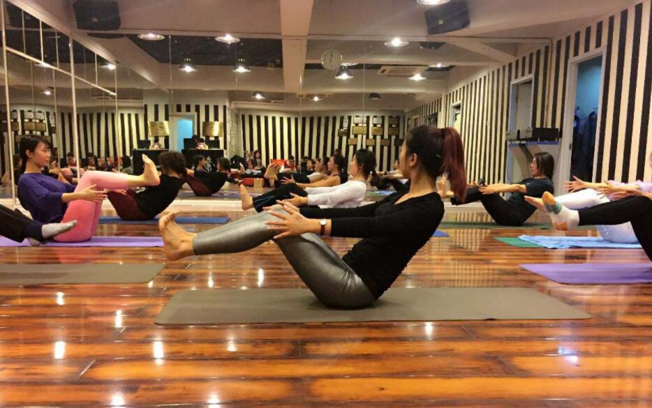 春季健身课堂:合理拉伸助运动