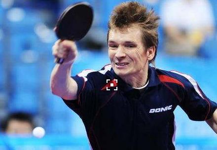 前世界乒乓球冠军空降济南 搞怪表演嗨翻全场