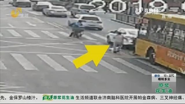"""青岛:撞翻婴儿车跑了 仨小时后""""落网"""""""
