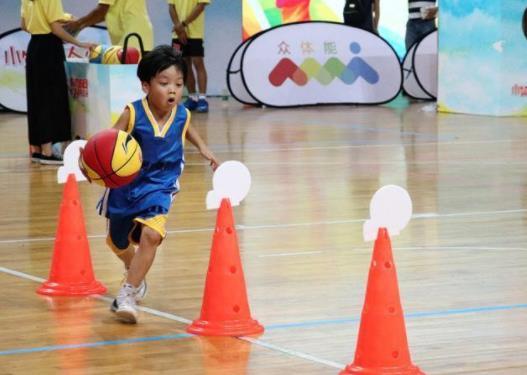 全国小篮球联赛德州赛区开赛