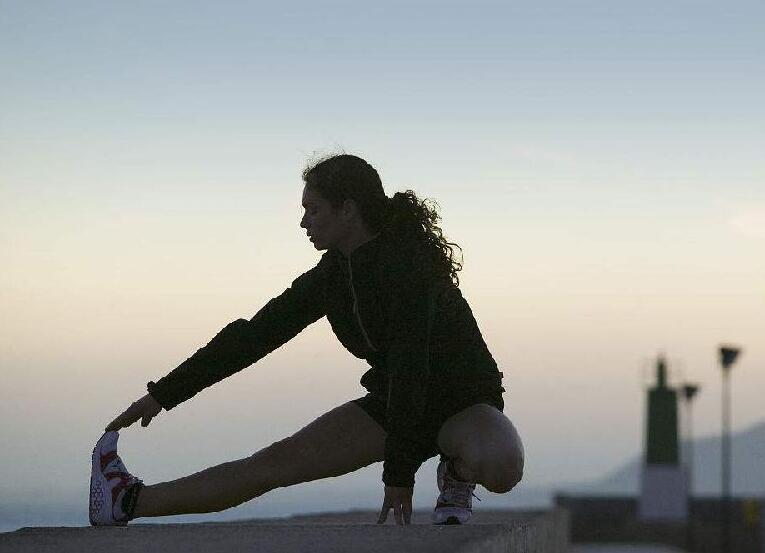 健身课堂:下肢的拉伸