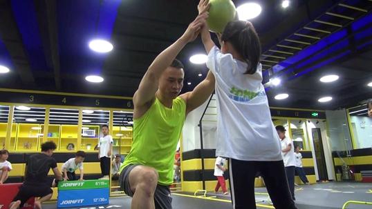 科学健身铸健康体魄 从少儿体能锻炼做起