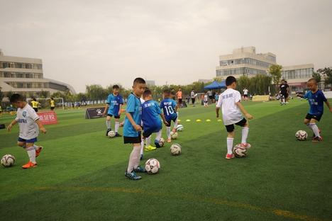 潍坊滨海区第一届东俊杯全国少年足球精英邀请赛举行