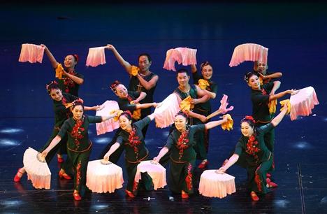 威海文登区举办广场舞大赛