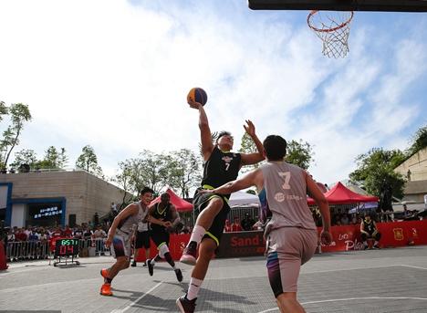 新泰举办第一届暑期学生三人制篮球比赛