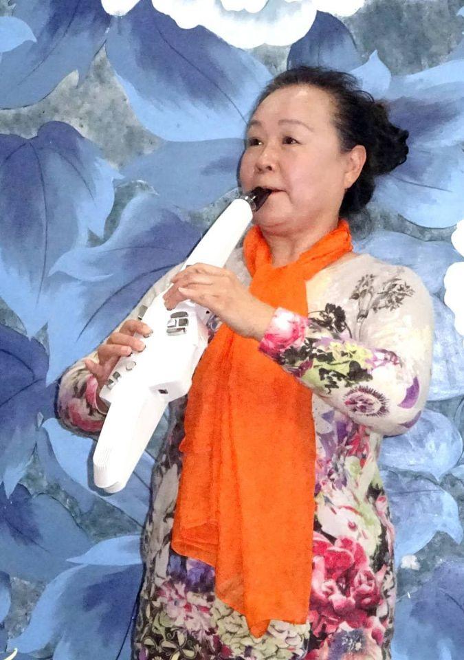崔燕鸣电吹管演奏:《美丽的梭罗河》