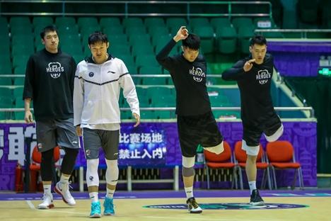 CBA联赛继续停摆 山东西王男篮训练不停歇