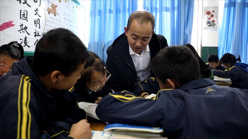 山东援青教师姜旻昊:让学生成为课堂的真正主人