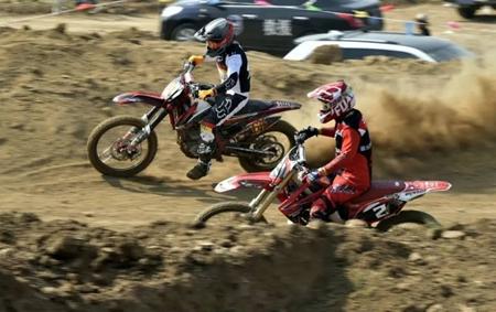 首届鲁中地区越野摩托车友谊赛邹平开赛