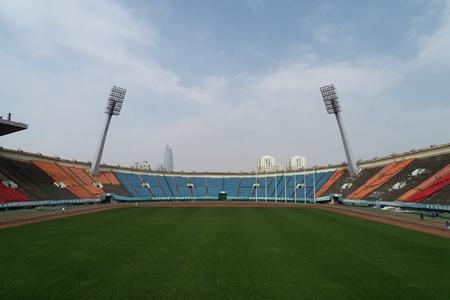 山东球迷期盼鲁能主场重回省体