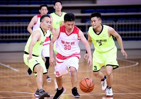 聊城举办篮球精英邀请赛