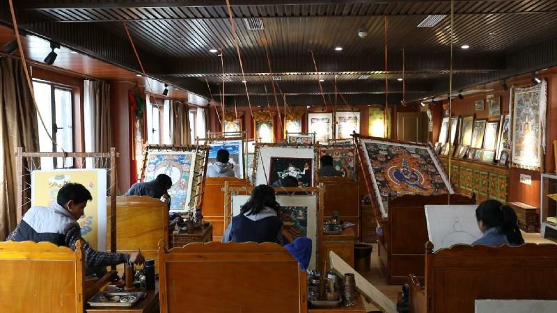 日喀则唐卡协会:架起政府企业与艺人之间的桥梁