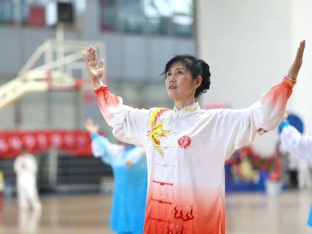 聊城:东昌府区第十届全民健身运动会健身气功比赛举行