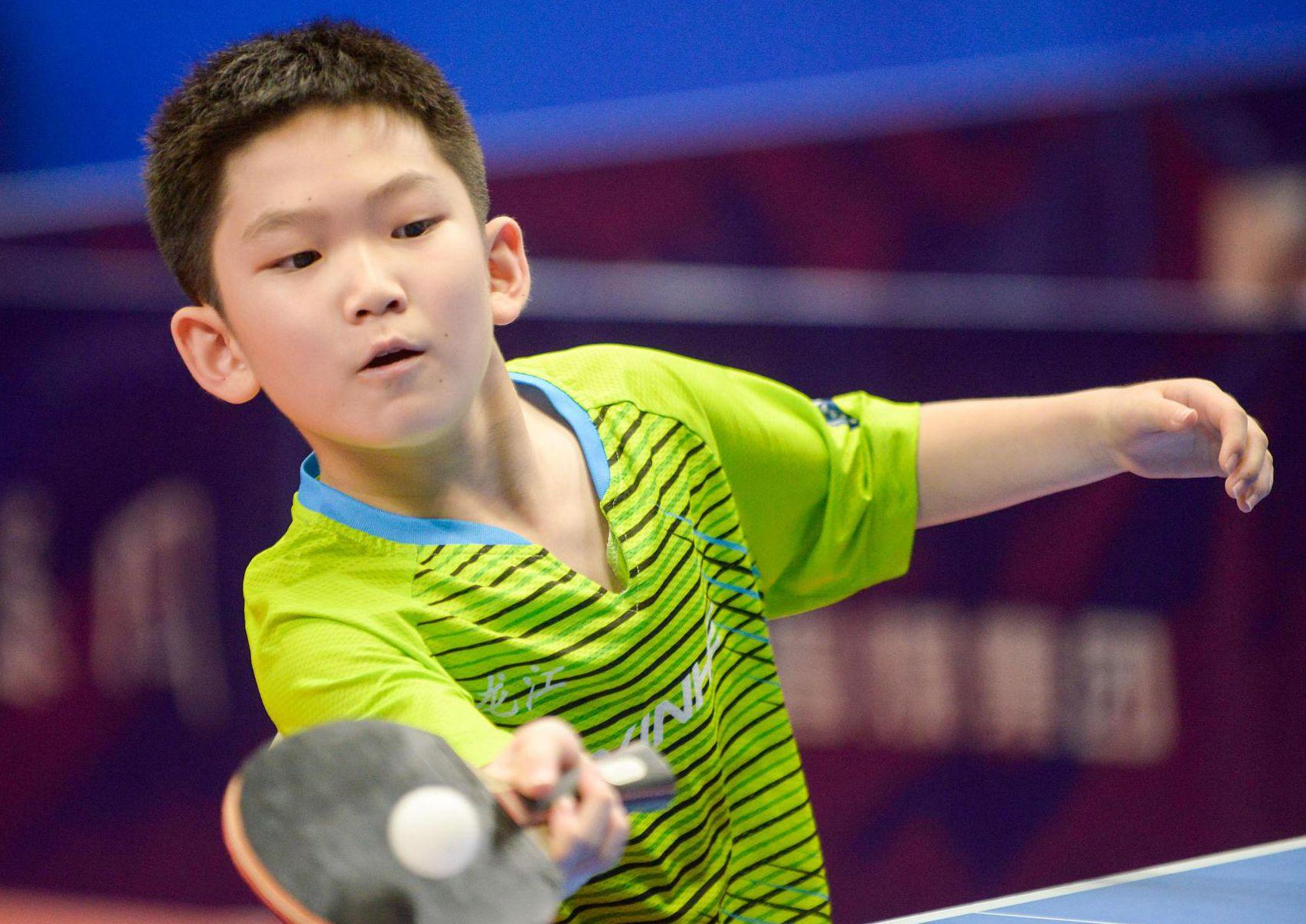 德州武城:中小学生体育联赛乒乓比赛激情上演