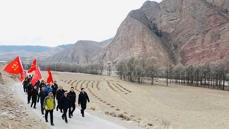 行走的党课:山东援青 行进中的红色传承