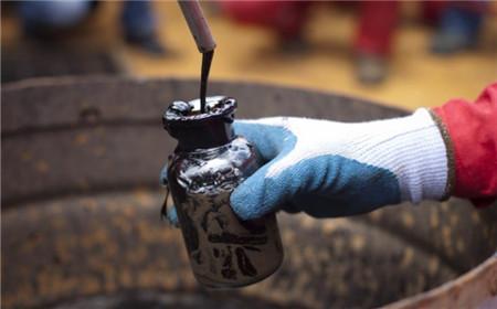 原油市场将在年底达到平衡