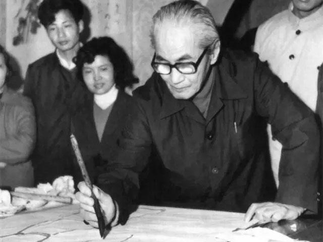 他是中国戏曲人物画的创始人,与徐悲鸿齐名,被齐白石称赞,却一生不被大众认可