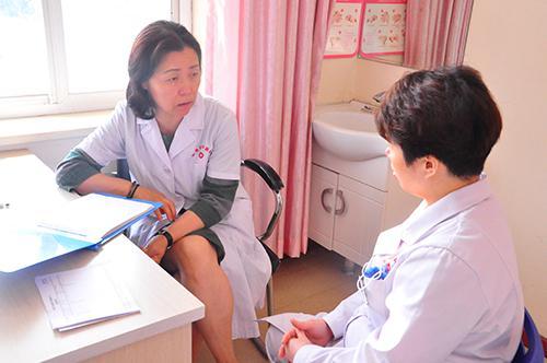 解放军302医院王玫教授加入名医智库 济南和谐让有温度的平台,为女性朋友谋福