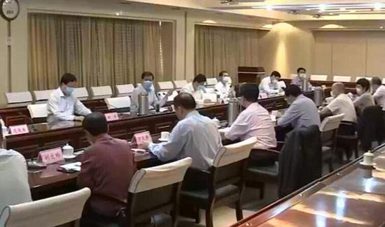 驻临沂全国两会代表、委员座谈会召开