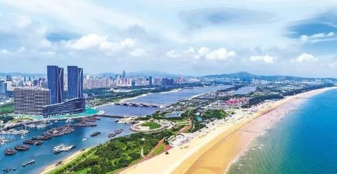 张惠在调研政务服务和城市更新工作时强调 用心用情解决好群众的操心事烦心事揪心事